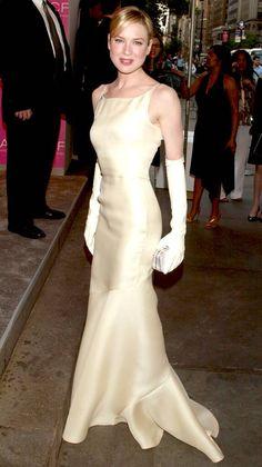 Iconic Dresses, Gala Dresses, Celebrity Red Carpet, Celebrity Style, Renee Zellweger, Green Midi Dress, Dress Gloves, Red Carpet Fashion, Ball Gowns