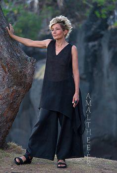 Loose fit elegance for this evening summer set -:- AMALTHEE -:- n° 3507 Quirky Fashion, Fashion Over 50, Boho Fashion, Fashion Beauty, Fashion Outfits, Womens Fashion, Dahlia Noir, Moda Natural, Black Dahlia