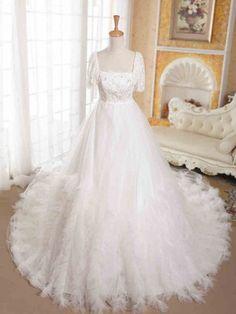 ウェディングドレス Aライン スクェアネック チャペルトレーン 半袖 マタニティ 挙式 ブライダル 結婚式 B14TB0084 価格 ¥55,283