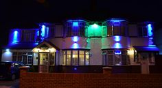 Heathrow Palace Hounslow Situated in Hounslow, Heathrow Palace has a 24-hour front desk, free Wi-Fi and free on-site parking. The traditional guest house is within 10 minutes' drive of Heathrow Airport Terminals 1, 2, 3 and 4.