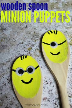 These wooden spoon minion puppets are an easy craft for kids to make that are perfect for a bit of imaginative play! Perfect for Despicable Me fans. Easy Arts And Crafts, Crafts For Kids To Make, Craft Activities For Kids, Preschool Crafts, Kids Crafts, Simple Crafts, Craft Ideas, Toddler Activities, Puppets For Kids