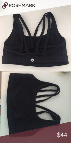"Never Worn ""Energy Bra Exhale"" Lulu Lemon Black sports bra with strapped detailing in the back. Size 6 lulu lemon. lululemon athletica Intimates & Sleepwear Bras"