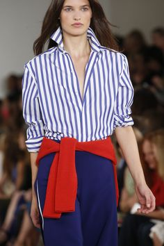 The complete ralph lauren spring 2016 ready-to-wear fashion show now on vog Fashion Killa, Fashion Show, Fashion Fashion, Ralph Lauren Womens Clothing, Ralph Lauren Style, Collor, Looks Chic, Mode Outfits, Pulls