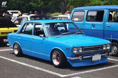 日産 510 ブルーバード // 本牧山頂公園 Nissan / Datsun 510 Bluebird // at Honmoku Hilltop Park Classic Japanese Cars, Classic Cars, Datsun 1600, Nissan Infiniti, Toyota Cars, Japan Cars, Jdm Cars, Retro Cars, Toyota Corolla
