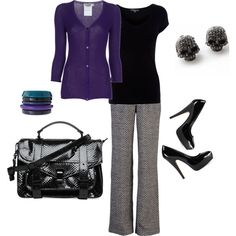 Love this black and purple combination. The tiny skull earrings are an unexpected touch!