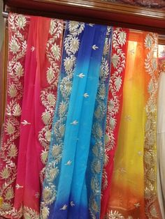 Shiffon charkhi gota dupptas by Araina fabs Mount abu. Salwar Designs, Blouse Designs, Muslim Fashion, Asian Fashion, Asian Suits, Cape Designs, Punjabi Salwar Suits, Kamiz, Pakistani Outfits