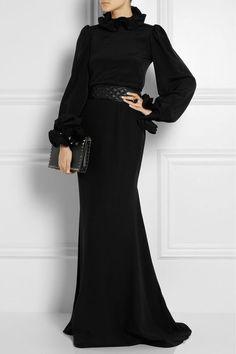 2015 Tesettür Abiye Elbise Modelleri Source by gecekiyafeti bonitos Abaya Fashion, Muslim Fashion, 70s Fashion, Modest Fashion, Fashion Dresses, Fashion Tips, Fashion Quiz, Fashion Clothes, Fashion Online