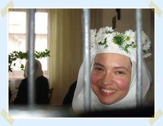 Discalced Carmelite Monastery of Nuns in Dys, Poland Nun Catholic, Roman Catholic, Silent Prayer, Joy And Sadness, Bride Of Christ, Lutheran, School Teacher, Flower Girls, Christians