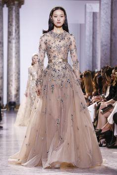 Elie-Saab-Couture-SS17-Paris-4428-1485353222-bigthumb.jpg