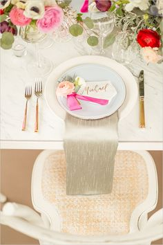 wedding place cards @weddingchicks