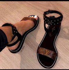 Women's Sandals for Sale Louis Vuitton Rucksack, Mochila Louis Vuitton, Louis Vuitton Crossbody Bag, Louis Vuitton Wallet, Vuitton Bag, New Louis Vuitton Handbags, Louis Vuitton Monogram, Louis Vuitton Makeup, Louis Vuitton Heels