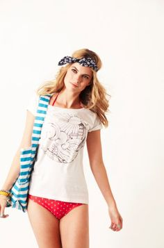 No need for a kaftan - our #JackWills tees are the perfect cover up #7wonders