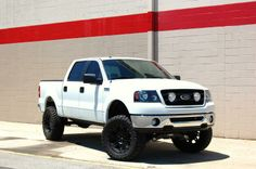 Ford F150 Custom, Ford 4x4, Black Truck, White Truck, Lifted Ford Trucks, 4x4 Trucks, 2004 Ford F150, Ford Girl, Ford Super Duty