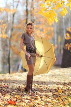 девушка осень зонт: 19 тыс изображений найдено в Яндекс.Картинках