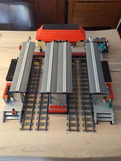 train station architecture old Lego train station 60050 xxl Lego Train Station, Lego City Train, Lego Trains, Lego Modular, Lego Design, Modele Lego, Lego Kits, Lego Room, Lego Worlds