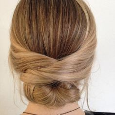Parisian style hair for law ball Braided Hairstyles, Wedding Hairstyles, Natural Braids, Industrial Wedding, Parisian Style, Top Knot, Daily Inspiration, Style Guides, Wedding Styles