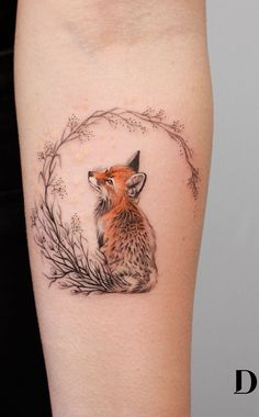 Deborah Genchi Creates Incredibly Versatile Tattoos - cute fox tattoo © tattoo artist Deborah Genchi Debra Jacobs 💓💓💓💓💓 Vous êtes à la b - Mini Tattoos, Body Art Tattoos, Finger Tattoos, Small Tattoos, Tatoos, Rosary Tattoos, Crown Tattoos, Bracelet Tattoos, Heart Tattoos