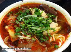 Ngu Binh Restaurant Westminster CA, bun bo hue, spicy beef noodle soup, Vietnamese noodle soup, Vietnamese noodle, Vietnamese food, Vietnamese restaurant