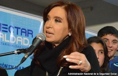 Juez ordena a Argentina y a bonistas a negociar