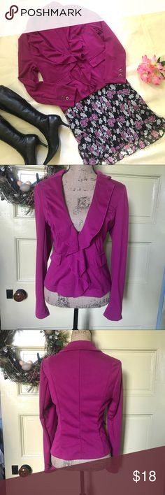 Ambition magenta pink ruffle, knit zip blazer. L Ambition magenta pink ruffle front, knit, zip blazer. Size L.  Mid weight knit with princess seams for flattering fit.  On trend ruffles for feminine presence.  Deep V showcases cute cami or blouse detail. Transitions easily from work to date night. Excellent used condition. Smoke Free Home 🏡 Jackets & Coats Blazers