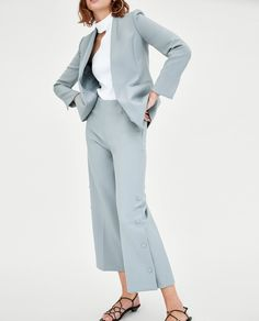 dusty blue suit for women, chic suit for young women, trendy suit for fashion forward women, pant suit for women
