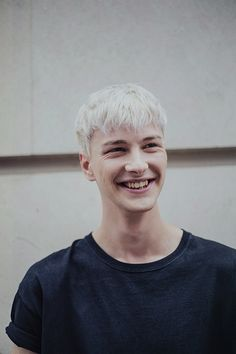 Benjamin Jarvis (Tomorrow Is Another Day) inbetween shows during London Colletions: Men by Ieva Blazeviciute. Mens Hair Colour, Cool Hair Color, Undercut Hairstyles, Cool Hairstyles, Bleached Hair Men, Ivan Bubalo, White Hair Men, Matthew Clavane, Tomorrow Is Another Day