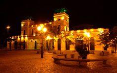 Centro histórico de la ciudad de Florianópolis, ofrece una bonita e interesante alternativa.