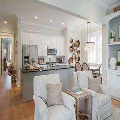 SL Inspired Home at Habersham: The Open Kitchen