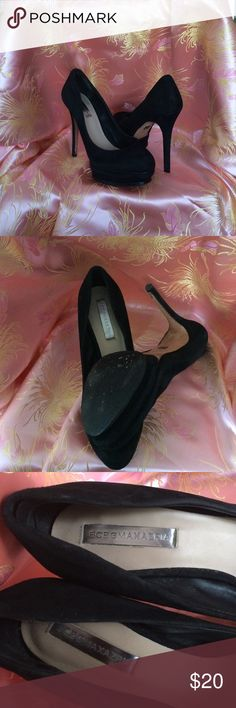 """BCBG BLACK SUEDE SHOES SIZE 7 1/2 This is a beautiful pair of  BCBG black platform suede shoes with a 5"""" he'll , there's hell pads that you can remove if you don't like them. BCBG Shoes Heels"""