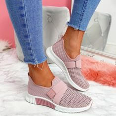 growhairbrasil Tenis Casual, Casual Loafers, Casual Sneakers, Adidas Sneakers, Summer Sneakers, Sneakers Women, Women's Casual, White Sneakers, Casual Pants