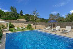 Villa Rosa Vells is a holiday Villa in Pollensa, Mallorca (Spain)   by Balearic-Villas.com