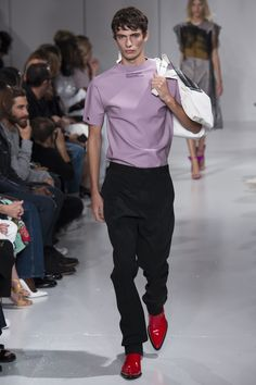 CALVIN KLEIN Spring 2018 Ready-to-Wear  Fashion Show Collection