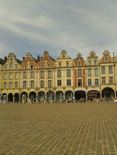 Place des héros Arras!
