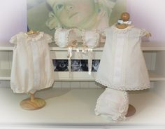 """Colección """"En viola y plumetty """", con  Confección en plumetty, batista de organza , encajes de aleçon y batista bordada en hilo de viola italiano azul y rosa"""