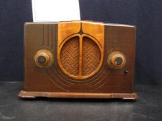 Vintage 1930s Old Antique Genera Electric Art Deco Radio Ted Rogers Museum.