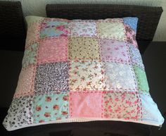 Handmade Cushions, Diy Pillows, Throw Pillows, Rag Quilt, Quilt Blocks, Quilts, Patchwork Cushion, Quilted Pillow, Quilt Patterns Free