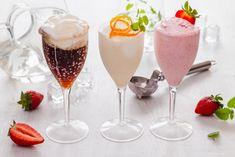Flute, Cocktails, Drinks, Panna Cotta, Tableware, Ethnic Recipes, Food, Craft Cocktails, Drinking