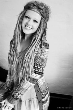 Love them thin and a little messy. I think my dreads will look like this