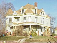 The Toy Mansion by silent_gregh, via Flickr; The Toy Mansion. Built in the 1880s by James F. Toy in Sioux City Iowa.