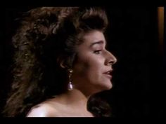 """Cecilia Bartoli - """"Se tu m'ami,"""" I would seriously scream if I ever had the opportunity to see her live . . ."""