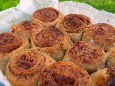 Shape & Cake: Täysjyväpullat Shapes, Cake, Ethnic Recipes, Food, Kuchen, Essen, Meals, Torte, Cookies