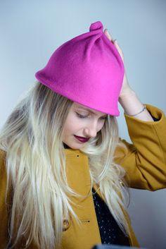 כובע לבד מעוצבוייחודי. ניתן להזמין בכל צבע מפלטת הצבעים המצורפת.. . מחיר  הכובע כולל את דמי המשלוח בדואר רשום בארץ.. . כובעי החורף של Justine עשויים  לבד 100% ... 92335c7359a