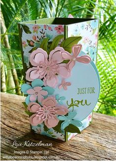 Card by Lou Kitzelman  (041516)  with Tutorial  (010216)  https://withabowontopbylou.blogspot.com.au/2016/01/happy-new-year-what-it-is-your-crafty.html  using Stampin' Up! (dies) Botanical Builder Framelits; (stamps) Botanical Blooms, Work of Art  [Decorative Corner]