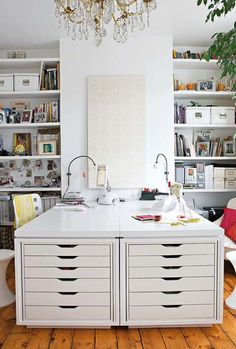 The most beautiful examples've put together home office designs. If you want to have a home office to your home, you can get ideas from this photo gallery. We share with you home office design ideas in this photo gallery. Ikea Alex Drawers, Ikea Desk, Ikea Workspace, Workspace Design, Craft Room Storage, Craft Rooms, Office Storage, Paper Storage, Ikea Storage