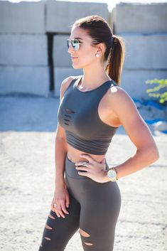 deconstructed leggings and crop tank, cutout activewear, fashionable activewear, cute athleisure, laser cut leggings, weekly workout routine, fitness, lifting routine for women // grace wainwright from @asoutherndrawl