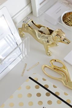 gold pup tape dispenser
