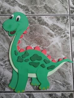 Hand Crafts For Kids, Craft Activities For Kids, Diy And Crafts, Dinosaur Images, Dinosaur Crafts, Spring Crafts, Felt Crafts, Birthday Party Themes, Baby Quilts