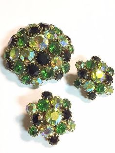 Vintage Green and Aurora Borealis Rhinestone Dome Brooch and Earrings Set #UnsignedBeauty