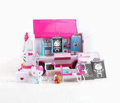 Hello Kitty Playset: Emergency Ambulance