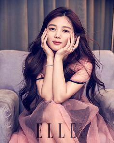 Kim Yoo Jung looks so grown up in the upcoming pages of Elle Taiwan, check it out! Source | Naver